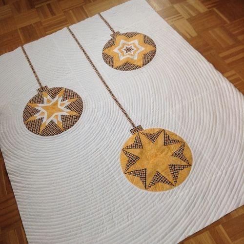 Makerist - Weihnachtsquilt - Kreise auch für andere Jahreszeiten :) - Patchwork-Projekte - 1