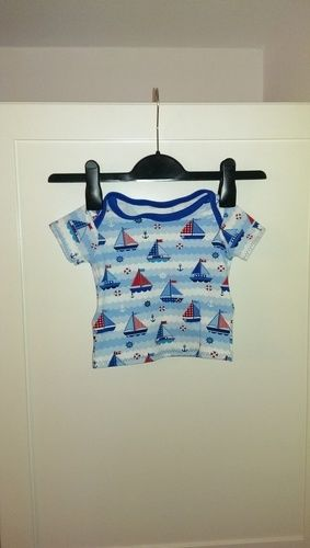 Makerist - Babyshirt kurz- oder langärmlig - Nähprojekte - 1