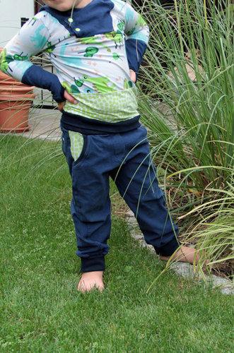 Makerist -  Herbstoutfit – Kapuzenshirt und Hose für freche Buben - Nähprojekte - 3