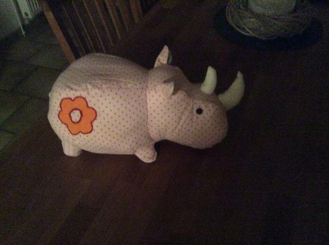 Makerist - Nashorn für meinen Enkel Piet.  - Nähprojekte - 1