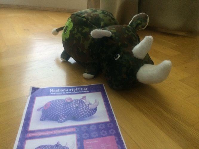 Makerist - Unser Rhino im BW-Look - Nähprojekte - 2