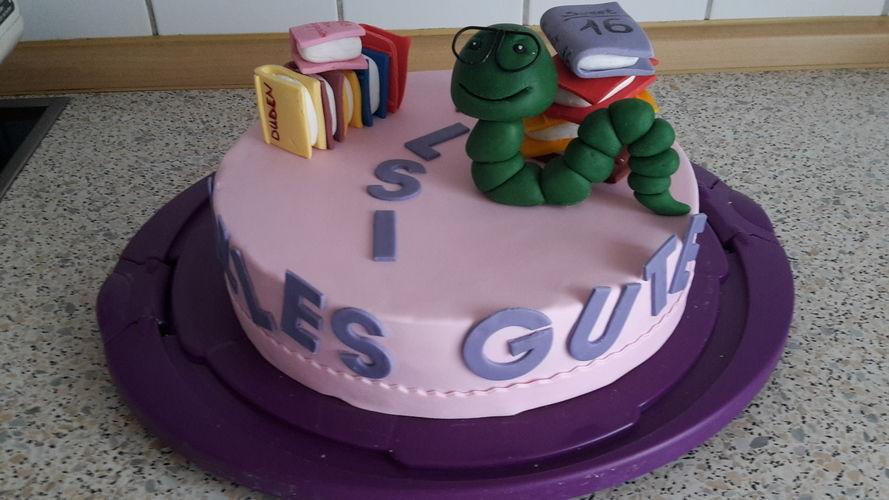 Makerist - Bücherwurm-Torte - Torten, Cake Pops und Cupcakes - 2