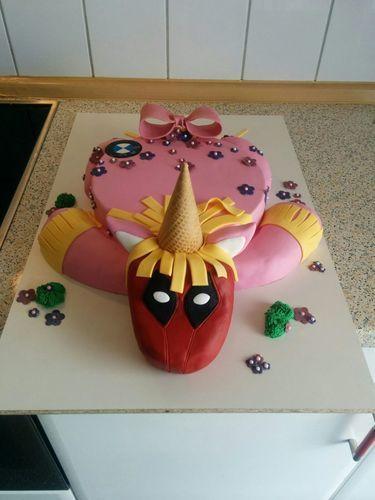 Makerist - Deadpool-Einhorn-Torte - Torten, Cake Pops und Cupcakes - 3