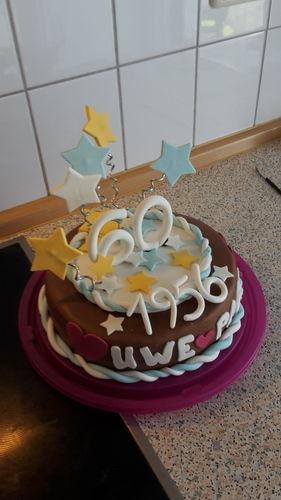 Makerist - Torte zum 60.igsten - Torten, Cake Pops und Cupcakes - 3