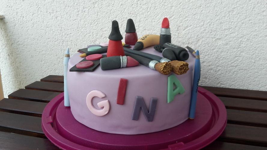 Makerist - Schminktorte - Torten, Cake Pops und Cupcakes - 1