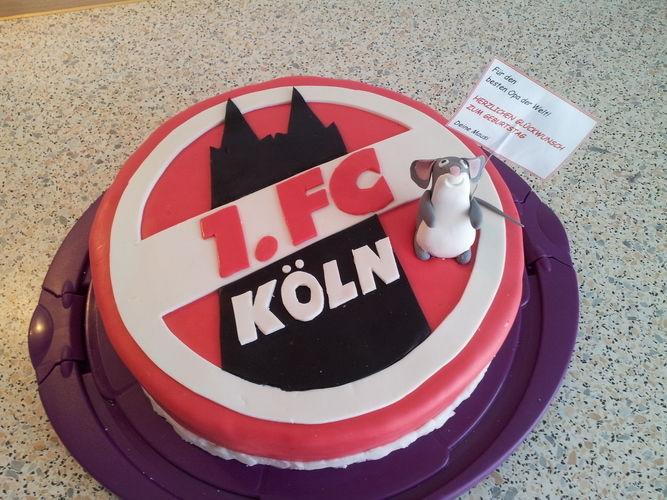 Makerist - 1.FC KÖLN Torte - Torten, Cake Pops und Cupcakes - 3