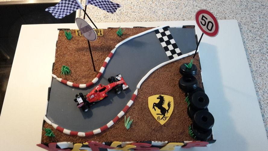 Makerist - Ferrari-Torte - Torten, Cake Pops und Cupcakes - 2