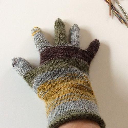 Makerist - Mein erster Fingerhandschuh - Strickprojekte - 1