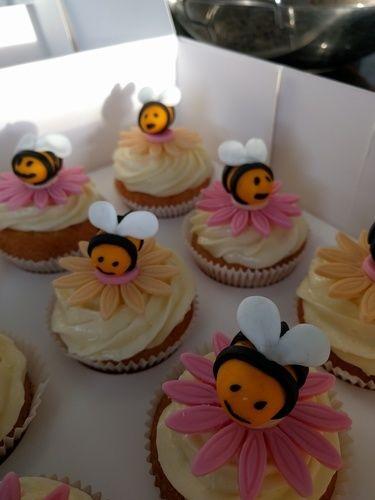 Makerist - Bienen Cupcakes - Torten, Cake Pops und Cupcakes - 3