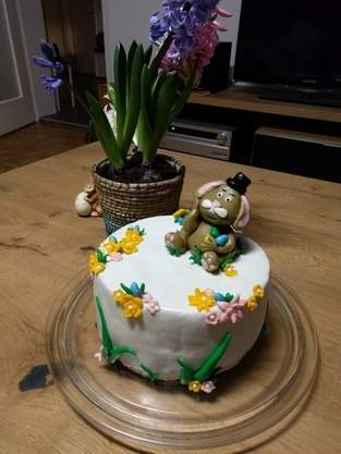 Makerist - Oster-Torte - 1