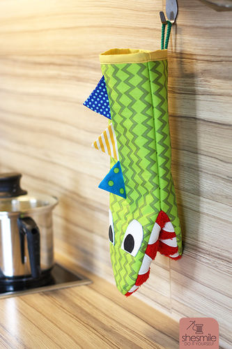 Makerist - Ofenhandschuh Krokodil Frederick - Nähprojekte - 1
