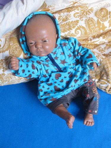 Makerist - Wintersachen für Puppenkinder - Nähprojekte - 1
