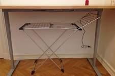 Makerist - Näh- und Zuschneidetisch in einem,  Buchenleimholzplatte 4x90x220cm und elektrisches Tischgestell - 1