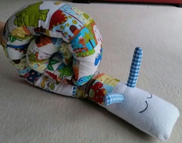 Makerist - Schnecke als Nästchen fürs Baby Bett - Nähprojekte - 1