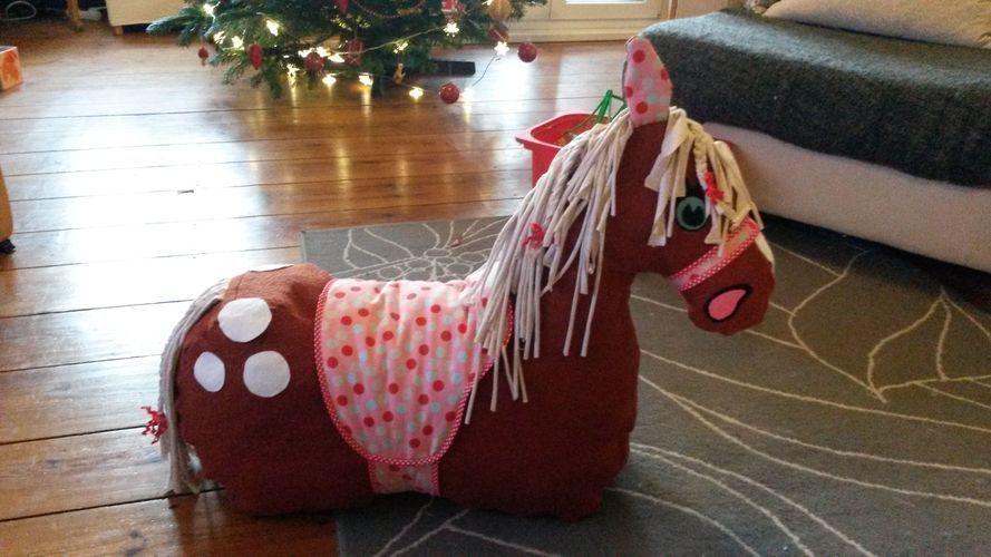 Makerist - Ein Reittier vom Weihnachtsmann für meine Kleine - Nähprojekte - 1
