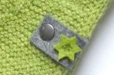 Makerist - Filz-Label mit kleinen Sternen in grün - 1