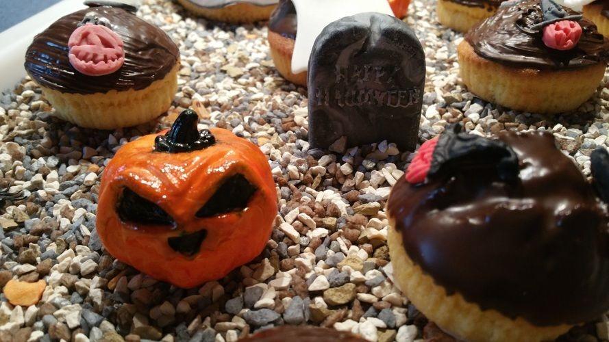 Makerist - Halloween Muffins - Torten, Cake Pops und Cupcakes - 2