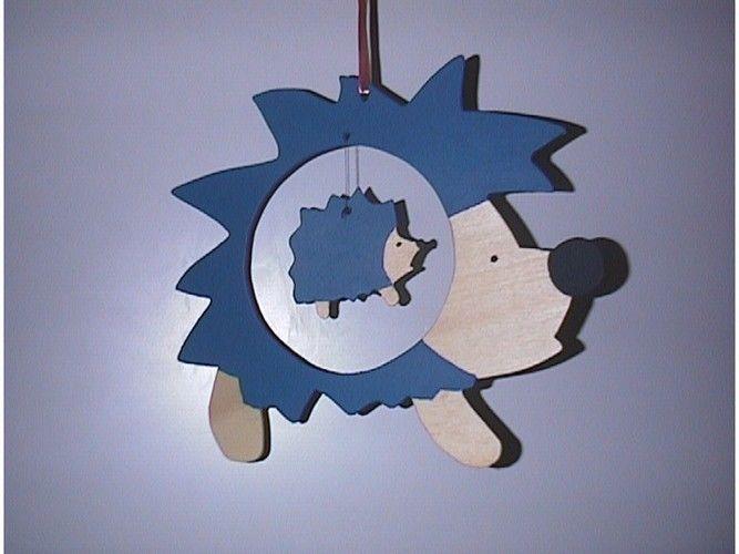 Makerist - Igel in Igel aus Sperrholz gesägt und mit Wasserfarbe bemalt - DIY-Projekte - 1