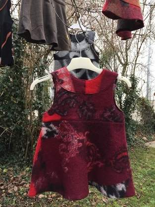 Makerist - Winterkleid aus rotem Walkstoff - 1