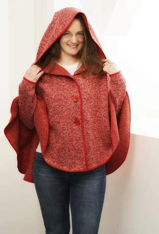 Makerist - Rotes Cape  - 1
