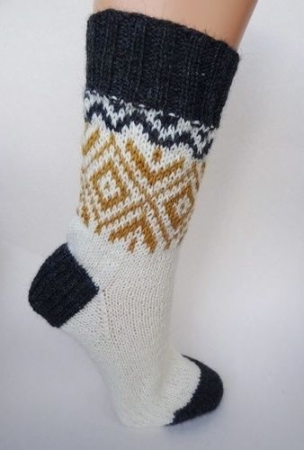 Makerist - Socken mit goldenem Norwegermuster - Strickprojekte - 1