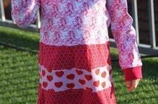 """Makerist - Mädchenkleid """"Farbklex"""" von Herzensbund Design aus Jersey in Gr. 104/110 - 1"""