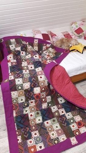 Makerist - Tagesdecke Upcycling     aus alter Lamahaar-Decke und Gobelinstoff  - Patchwork-Projekte - 1