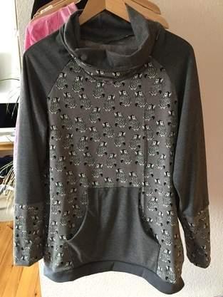 """Makerist - Pullover """"Lina"""" mit Bauchtasche verschönert - 1"""