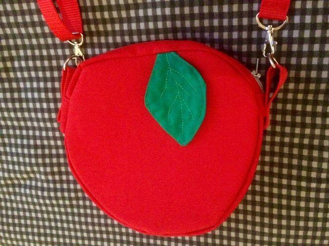 Makerist - Schneewittchens Apfeltasche - Handtasche passend zum Karnevalskostüm - Nähprojekte - 2