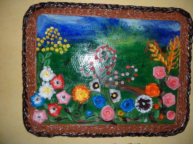 """Makerist - Vannerie Tableau fleurs printemps été (Quilling + cadre en Rotin """"papier journal"""") - Autres créations - 1"""