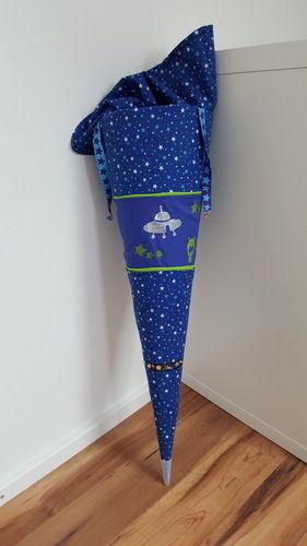 Makerist - Weltall Schultüte mit Raketen - Nähprojekte - 1