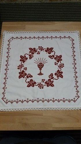 Makerist - Osterdecke gestickt - Textilgestaltung - 1