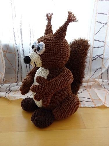 Makerist - Knuddeliges Eichhörnchen - Häkelprojekte - 2