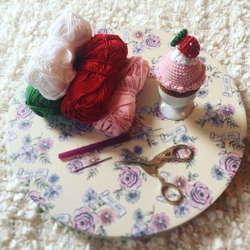 Makerist - Eierwärmer Cupcake  - Häkelprojekte - 2