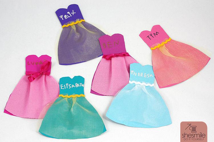 Makerist - Kleidchen-Karten - DIY-Projekte - 3