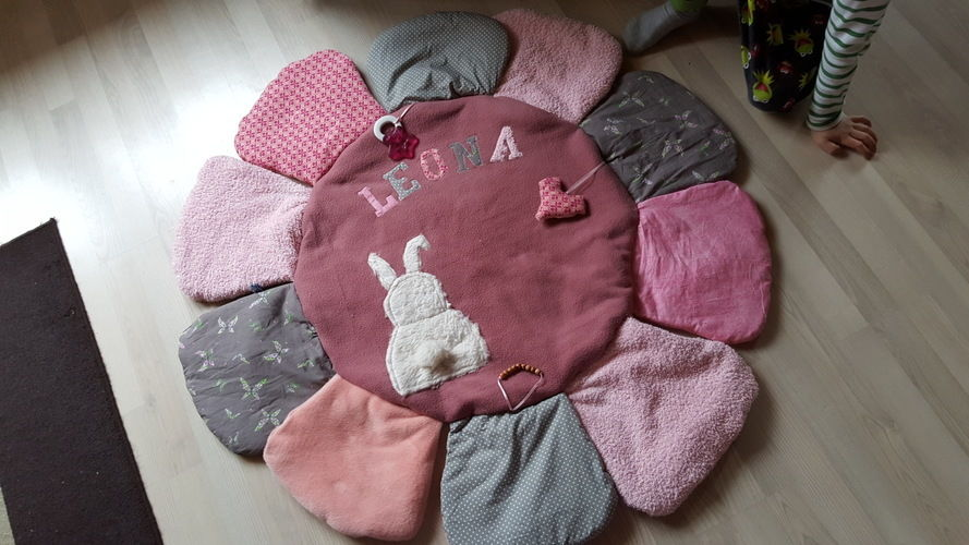 Makerist - Erlebnis Babykuschel und Fühldecke - Nähprojekte - 1