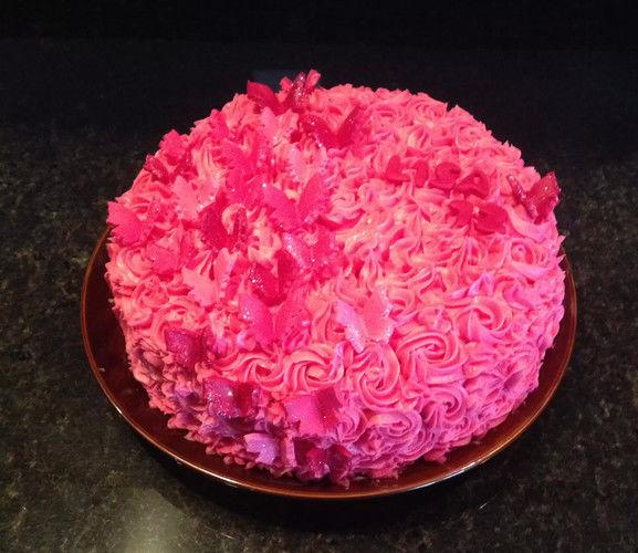 Makerist - Buttercreme Torte - Torten, Cake Pops und Cupcakes - 1