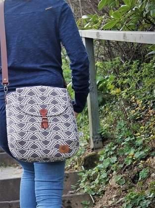 Makerist - Gartherer Crossbody Bag Noodlehead - 1