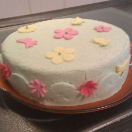 Makerist - Meine erste fondanttorte - Torten, Cake Pops und Cupcakes - 1