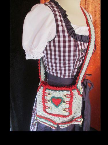 Makerist - Trachtentaschen zum Oktoberfest - Häkelprojekte - 2