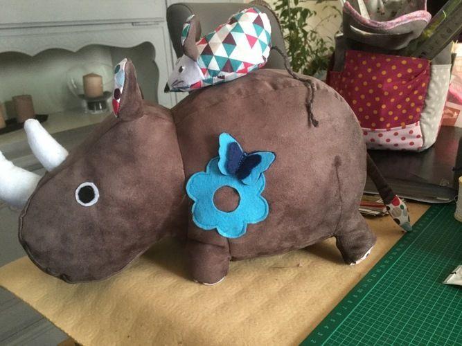 Makerist - Rhinocéros offerts à mes nièces et pour une naissance - Créations de couture - 1