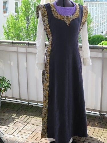 Makerist - Mittelalterkleid - Nähprojekte - 1