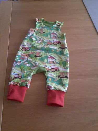 Makerist - Strampler für das Baby eines Freundes - Nähprojekte - 1