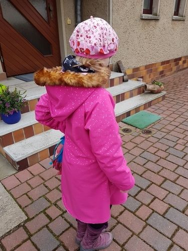 Makerist - Es ist der Mantel Nayla von Herzenswelt. Aus softshell und alpenfleece für meine tochter  - Nähprojekte - 3