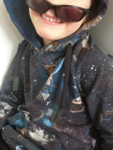 Makerist - Himmlischer Vince als Dark Space Hoodie - Nähprojekte - 3