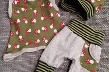 Makerist - Puppenkleidung aus Jersey und Bündchenware für die Babypuppe meiner süssen Nichte. - 1