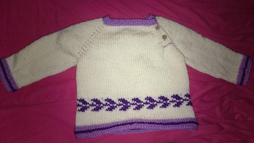 Makerist - kuscheliger Baby-Pullover - Strickprojekte - 1