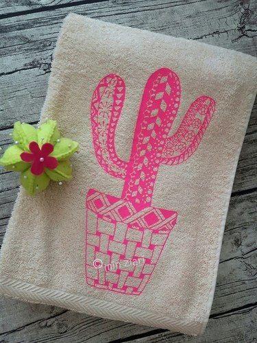 Makerist - Handtuch beplottet mit Kakteen Tangle Style nach MIN ZIARI - Textilgestaltung - 1