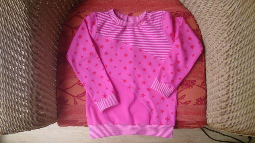 Makerist - Ein kleiner Traum in rosa, aus Jersey,  für mein Enkelchen Marie - Nähprojekte - 1