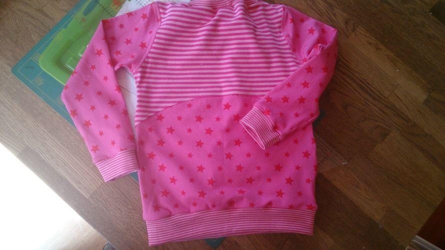 Makerist - Ein kleiner Traum in rosa, aus Jersey,  für mein Enkelchen Marie - Nähprojekte - 2
